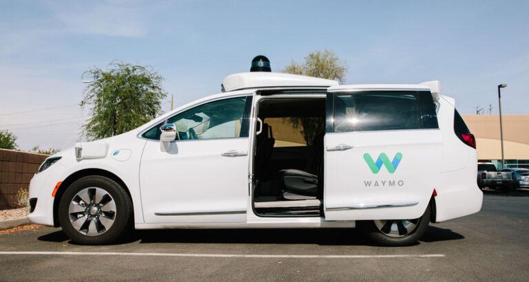 Les voitures autonomes de Waymo