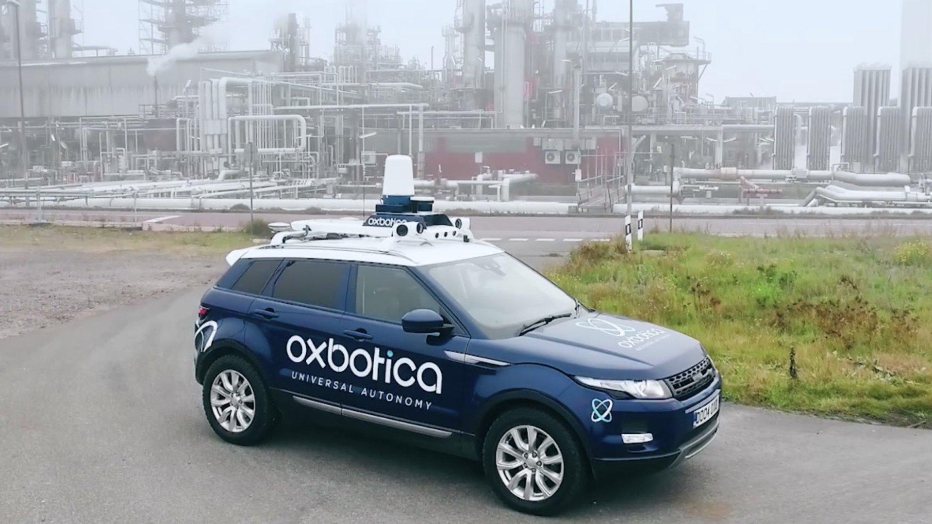 Oxbotica et AppliedEV travaillent sur un véhicule autonome polyvalent
